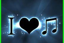 Music Feeds My Soul / .