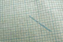 Entreteles / Entretelas / Interlining / Teles termo-adhesives, que s'enganxen a la roba amb l'ajuda de la planxa, donant així la textura i el gruix desitjat, segons l'entretela que utilitzem / Telas termoadhesivas, que se pegan a la ropa con la ayuda de la plancha, dando así la textura y el grosor deseado, según la entretela que utilicemos / Heat adhesive fabric, sticking to clothes with the help of the iron, giving the desired texture and thickness, as we use the interlining