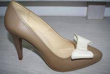Lovely shoes for lovely ladies / Pantofi de iubit