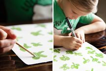 St. Patrick's Day Shamrock Crafts / Shamrocks are the perfect St. Patrick's Day craft! They get you feelin' lucky and remind you to look for the end of every rainbow.
