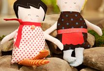 Dolls, plushies and assorted toys / by Spare Minute Living