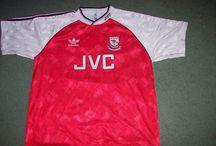 Arsenal - Classic Football Shirts / Arsenasl Soccer shirts on www.classicfootballshirtscouk.com