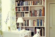 kitaplıklar ve okuma köşesi