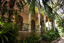 Old colonial world in Yucatán: Hacienda Mulsay / Don't just be a tourist. Live the Spanish-colonial life of old in your very own private hacienda that blends old-world charm with modern comfort.
