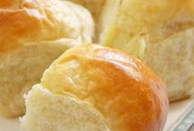 Bread, Muffins & Rolls / by Lisa Schoenrock