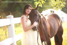 Horse Maternity Photo