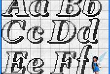 Monogramas em ponto cruz