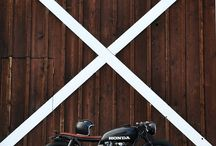 Cafe Racers / This is a collection of what I think are some of the best looking cafe racers around the world