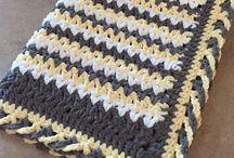 Chrisscross edge blanket