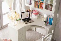 Vanessa office