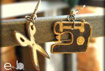 earings / sewing macine and scissors
