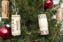 Decorazioni natalizie con tappi