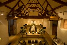 Intimate and romantic wedding venues / Less is more! Just for you and your nearest and dearest.
