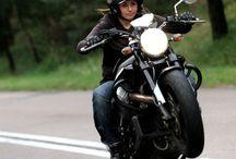 Biker girl / Biker girl