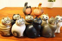 DIVERSE CATS