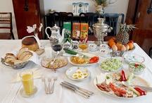 Bucatele conacului / Mancaruri pregatite dupa retete traditionale romanesti, unguresti sau internationale.