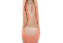 ♥ Shoes / by Elena Relucio Arias