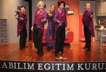 Uygur kardeşlerden unutulmaz bir tiyatro akşamı