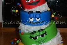Cool cakes, cupcakes, cookies & pops!! / by elizabeth shively