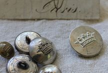 Boutons / Antiques
