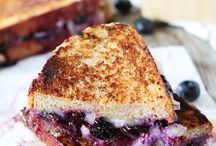Clean Eating Sandwiches / by Michelle Donoghue Burden