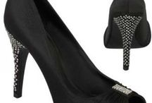 Black Wedding Shoes / Collection of Black shoes, sandals for your wedding and special occasions. http://www.weddingshoesblog.com/category/black-wedding-shoes/