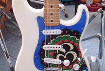 Golpeadores Custom- Custom pickguards. / Hechos y pintados a mano.