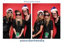 HOLIDAY PHOTO BOOTHS