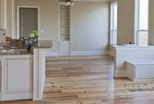 Paint to match natural hardwood floor