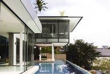 Minimalis trofical#Architecture