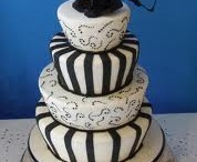 Let them eat cake! / I absolutely love the style of topsy turvy cakes.