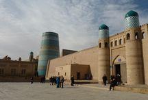 Clichés d'Ouzbékistan / Berceau d'une culture de plus de deux millénaires, l'Ouzbékistan possède un fabuleux patrimoine artistique, architectural et historique, la route de la soie, les caravansérails, ... de belles découvertes et de merveilleuses rencontres dans un pays qui s'ouvre tout juste.