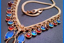 statement necklaces / by Patricia Grant