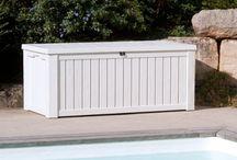 Rangement outdoor déco ! / Découvrez nos solutions de #rangement très pratiques, qui vous faciliterons la vie autour de votre #piscine ! http://www.laboutiquedesjoyaux.fr/