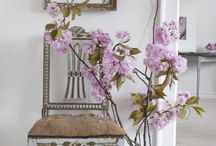 Spring Furniture Trends / Check out the hottest Spring Trends for your home!