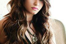 Demi lovato / She's so talented and pretty!