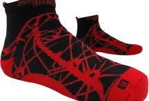 """Crossfit I Tenue de Sport / Retrouvez les produits de la marque """"Spider Instinct"""" et la gamme Athletics dans laquelle vous y trouverez tee-shirt, polo, short et accessoires"""