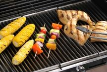 Best Grills and Recipes / Here's the lowdown on high heat. Consumer Reports tested more than 100 gas grills to find the best and worst. In addition to selecting a grill based on budget and size, here's what you need to know plus some yummy recipes to make on your new grill.