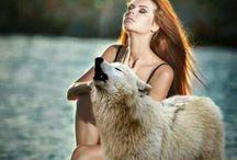 Sexi Women & Wolf ...