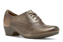 Oxford shoes / Oxford shoes at Lucky Feet Shoes