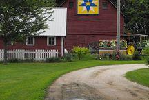 barn quilts / by Rhonda Mitchell