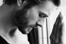 He is so sexy! / Men! / by Manuela Santana