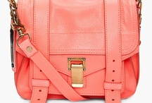 purses, bags, & clutches / by Emma Biddle