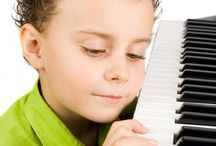 Teaching Music to Kids  / Want to teach your kids music at home? Here's a marvelous list of resources for preschool through elementary school students.  / by Dianna Kennedy