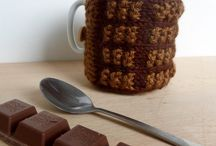 Holiday-Themed Knitting Patterns / I love knitting special, whimsical treasures for the holidays