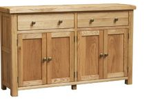 A world of furniture - Manhattan Oak / The Manhattan oak furniture range, smooth rounded edges to a chunky top for the Manhattan, finished with a nice soft oiled finish that gives it a less harsh look, but instead there is a nice warm feeling to it, also in using the oil it brings out the beautiful grain of the oak and gives this range some lovely character.  This is then topped with brass look handles for the drawers and knobs on all the doors which adds to the character of this oak range.