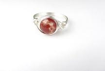 Jewelry Ideas / by Kim Woolard