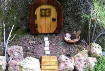 Fairy Houses / ideas for in our forest!