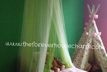 Gracie's Fairy Bedroom / Pictures from a fairy bedroom makeover on www.theforeverhousecharm.com