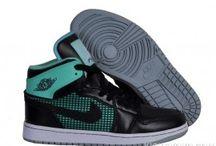 MEN'S JORDAN 1 SHOES / Shop KicksVovo for inexpensive air jordan 1 shoes and men's Retro jordan 1. Cheap air jordan 1 shoes for men;  latest styles, all colorway and size.